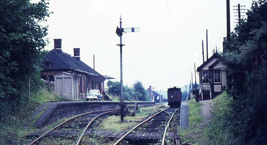 Halesowen station 20/07/1966 (David Bathurst)