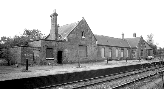 Sutton Coldfield station booking office 1980 (Steve Jones)