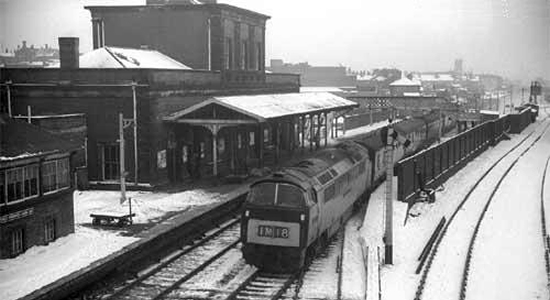 West Bromwich station during the 1960s (Steve Jones)