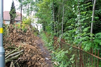 Path to Hamstead Road, Priestley Close