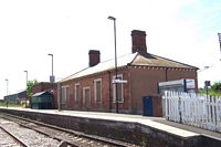 Hartlebury station Birmingham platform viewed from level crossing