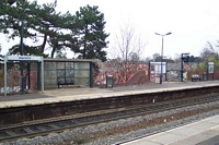 Warwick station, Leamington Spa platform